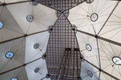 重创的Arche Detaill在拉德芳斯,巴黎,法国 免版税库存图片