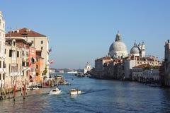 重创Venezia的运河 库存照片