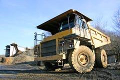 重型卡车重量 免版税库存照片
