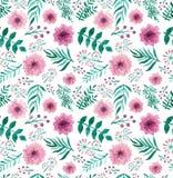 重复与水彩桃红色花和绿色叶子的样式 免版税图库摄影