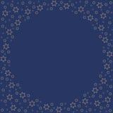 重复金黄星现出轮廓在蓝色背景的样式 免版税库存照片