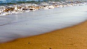 重点前景海浪通知 库存照片