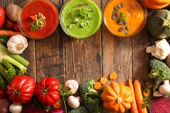 重点宏观浅汤蔬菜 免版税图库摄影