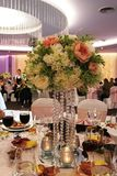 重点玻璃表婚礼 库存照片