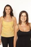 重点荡桨二名妇女 库存图片