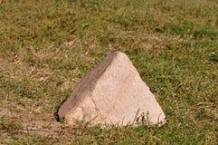 重点lensbaby导致的金字塔有选择性的石顶层 免版税库存照片
