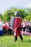 重的装甲的中世纪战士 库存图片