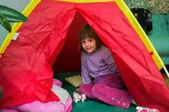 野营在儿童` s屋子 免版税图库摄影