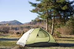 野营在挪威的原野日出的 免版税库存图片