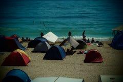 野营在海滩在Vama Veche 库存照片