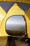 野营在登上的帐篷 免版税库存照片