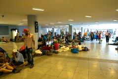 野营在Keleti火车站的难民在布达佩斯 免版税图库摄影