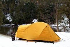 野营的冬天 库存照片