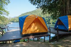 野营的帐篷在假日国家公园  免版税库存照片