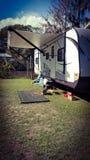 野营的旅行拖车 库存图片