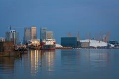 金丝雀码头和北部格林威治。 库存照片