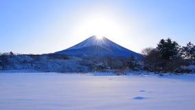金刚石从Fujigane日本的富士山斯诺伊风景 影视素材