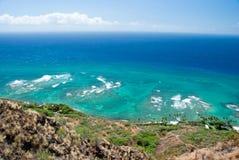 金刚石有天蓝色的海洋的头灯塔鸟瞰图backg的 免版税库存照片