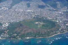 金刚石头火山口、Kaimuki、卡哈拉和檀香山天线  库存图片