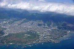 金刚石头火山口、Kaimuki、卡哈拉和檀香山机智天线  免版税库存图片