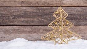 金子圣诞树装饰品 库存图片