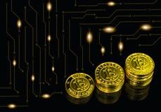 金子Bitcoin与图表的在黑背景 库存照片