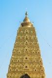金子Buddhagaya塔,佛教圣所, Sangklaburi, Thailan 免版税图库摄影