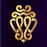 金子Luckenbooth别针传染媒介设计元素 葡萄酒苏格兰人两心脏形状标志商标概念 情人节或 库存照片