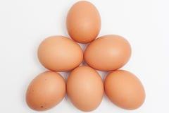 金字塔形状的鸡蛋堆 免版税库存照片