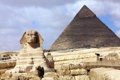 金字塔狮身人面象 图库摄影