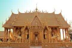 金寺庙泰国 免版税库存图片