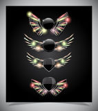 金属与玻璃翼的盾象征。 免版税库存图片