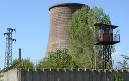 金属制造的被放弃的工厂在保加利亚 库存图片