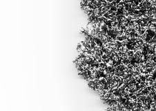 金属削片和小块堆的抽象背景  图库摄影