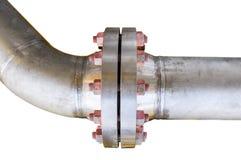 金属化与螺栓的管子耳轮缘在被隔绝的背景,用管道输送在油和煤气产业的线和安装在植物或过程 图库摄影