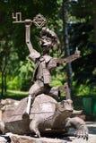 金属化为有金黄传动器骑马的童话英雄已知的气球木偶奇遇记在乌龟 库存图片