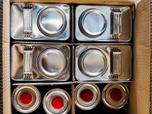 金属化包装在箱子的化工内容 免版税库存照片