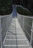 金属吊桥麋落,坎伯河 免版税库存图片