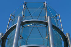 金属和玻璃塔建筑背景 库存图片