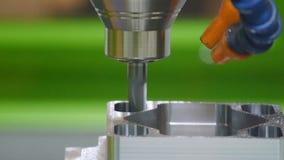 金属处理CNC垂直的机械中心 股票录像