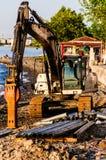 金属打桩船坞建筑 库存图片