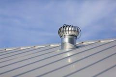 金属新的屋顶 库存照片