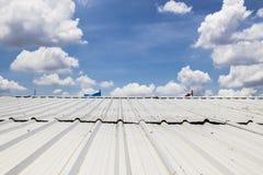 金属板屋顶 免版税库存图片