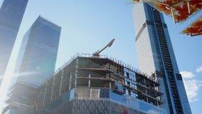金属构成建筑的建筑 股票视频