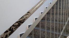 金属栏杆,撤除破坏的扶手栏杆 影视素材