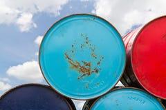 金属油桶 库存图片