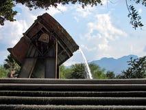 金属熔化熔炉喷泉 图库摄影