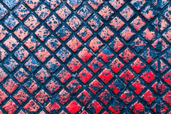 金属片在红颜色 免版税库存图片