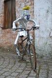 金属的讽刺画骑自行车者 库存照片