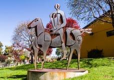 金属雕塑-在马的车手 免版税库存照片